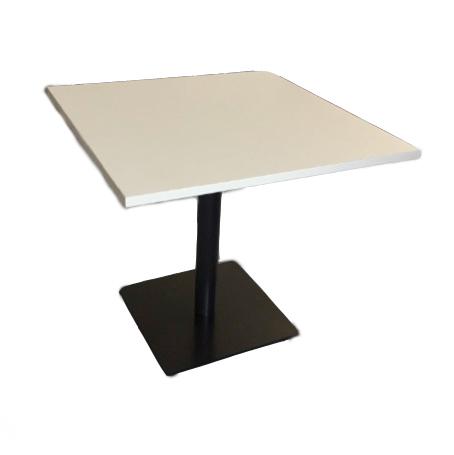 SOTCHI 88, Tisch
